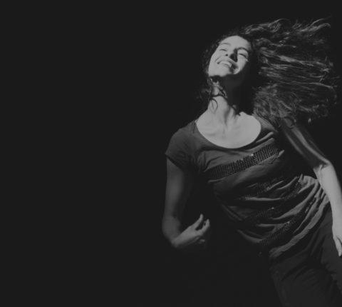 Nuestra bailarina Ines Aubert Badilla realizará una muestra final de su residencia el día 11 a las 20 horas en Auditorio Barañain.
