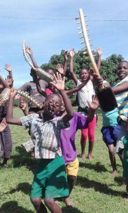 Coro infantil Safarí de Uganda en Auditorio Barañain